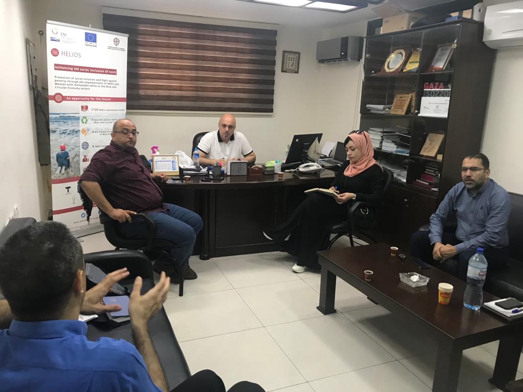 To establish a strong link between TVET and local enterprise: HELIOS-UCAS team held an important meeting with Palestinian Federation of Industries.